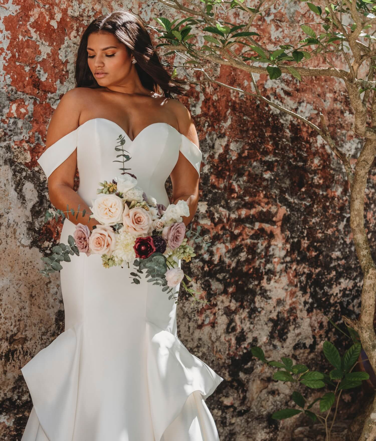 Della Curva has the best selection of plus size wedding dresses in ...