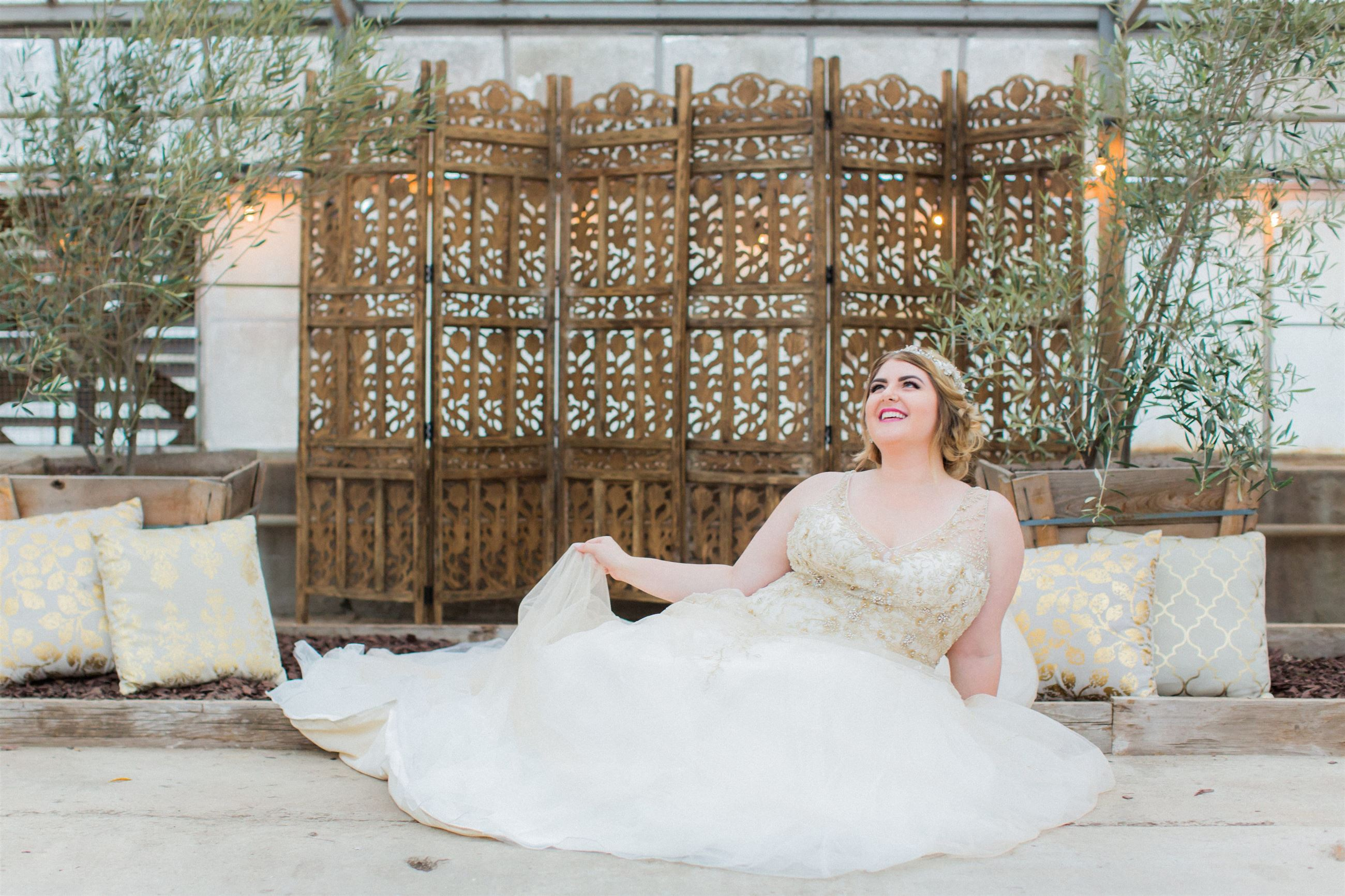 Della Curva is Thrilled to Announce a First-of-its-Kind Trunk Show with Venus Bridals!